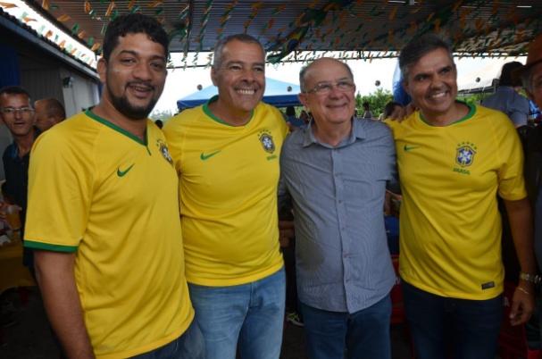 José Ronaldo e Jutahy participam do aniversário de Geraldo Melo em Inhambupe