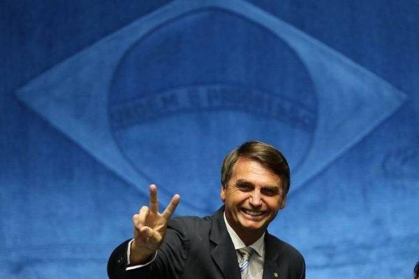 Valdemar Costa Neto diz que metade do PR quer Bolsonaro