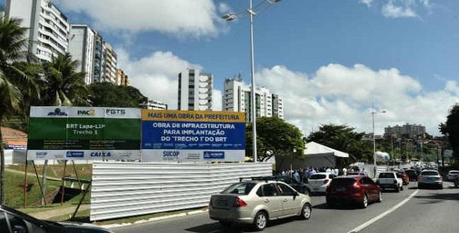 Justiça impede que manifestantes dificultem acesso às obras do BRT Salvador