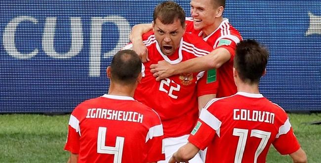 Rússia aplica 5 a 0 na Arábia Saudita na abertura da Copa; veja os gols