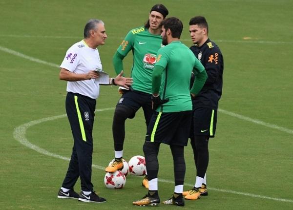 Brasil terá mesma escalação que enfrentou a Áustria para estreia contra a Suíça