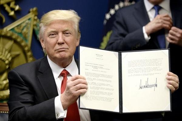 Trump assina novo acordo comercial que substitui o Nafta