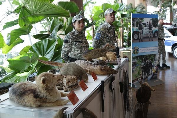 Exposição em shopping comemora 10 anos da Guarda Municipal de Salvador