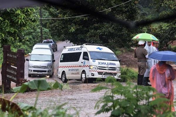 Nove garotos já foram resgatados de caverna na Tailândia