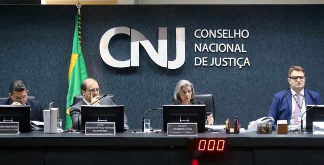 Deputado federal do PSDB representa contra Favreto no CNJ