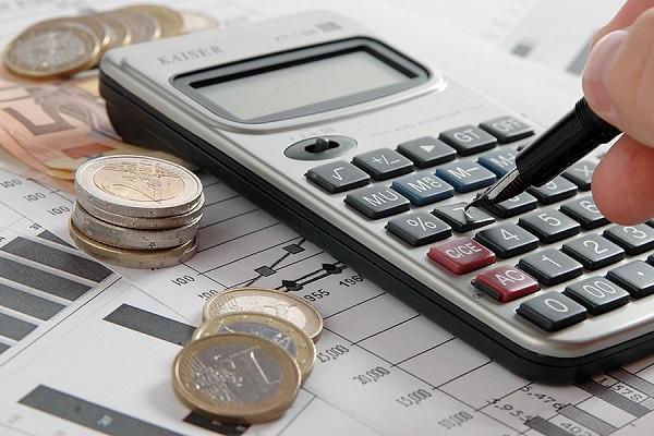 Empresa Jr. da UFBA cria guia gratuito de gestão financeira para empreendedores
