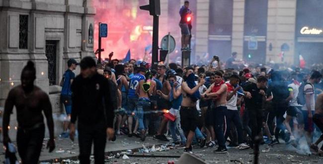 Paris tem depredação e saques após bicampeonato mundial da França; assista