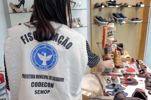 Codecon visita 349 estabelecimentos em Salvador durante Operação Dia Dos Pais