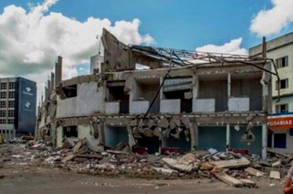 Prefeitura de Itabuna inicia demolição de Shopping Popular