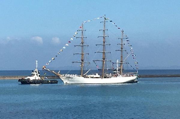 Navio-Veleiro Cisne Branco estará aberto para visitação no Porto de Salvador