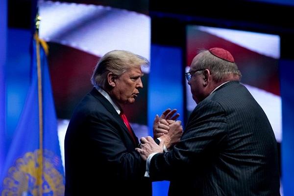 """Trump classifica ataque antissemita nos EUA de """"agressão à humanidade"""""""