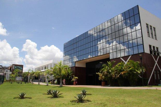 Prefeitura de Camaçari oferece cursos nas áreas de ciência e tecnologia