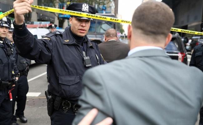 Polícia dos EUA intercepta pacotes suspeitos para Clinton, Obama e CNN