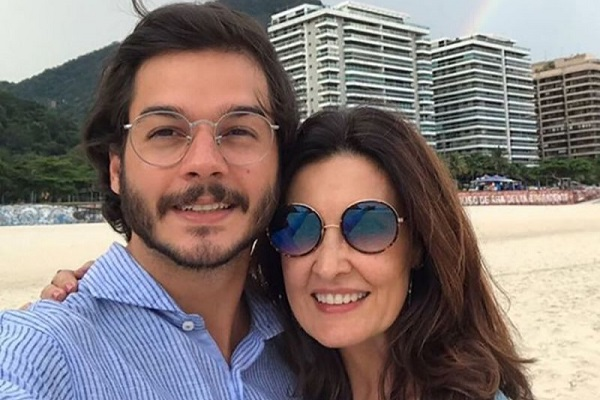 Namorado de Fátima Bernardes anuncia pré-candidatura à prefeitura de Recife