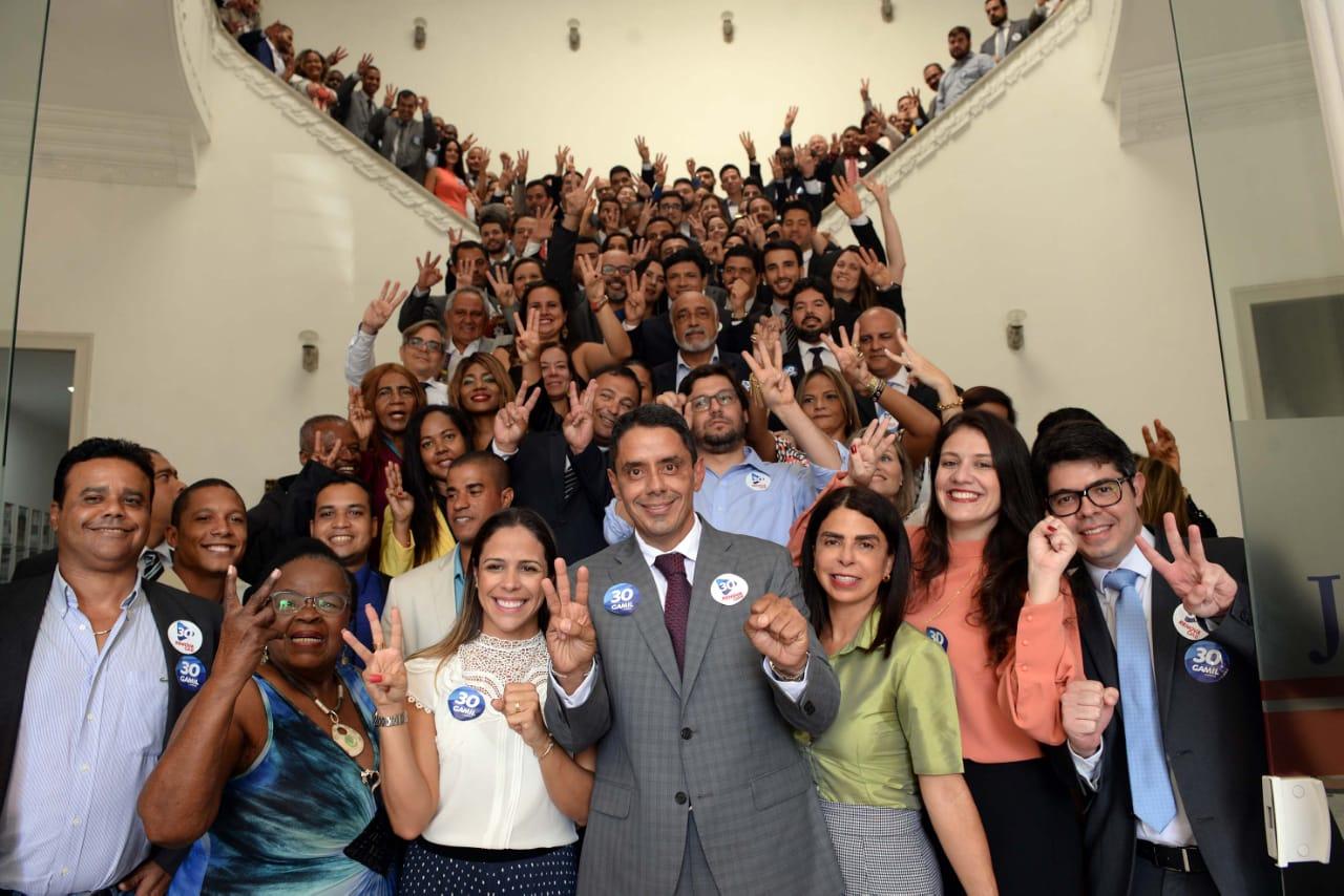 Eleições na OAB-BA: Fabrício falta a debates e rádios entrevistam Gamil