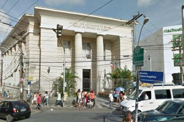 Comissão Eleitoral da OAB-BA penaliza chapa de Gamil por propaganda ilegal