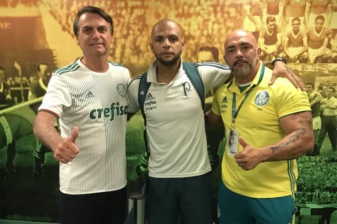 Bolsonaro irá ao jogo entre Palmeiras e Vitória no domingo