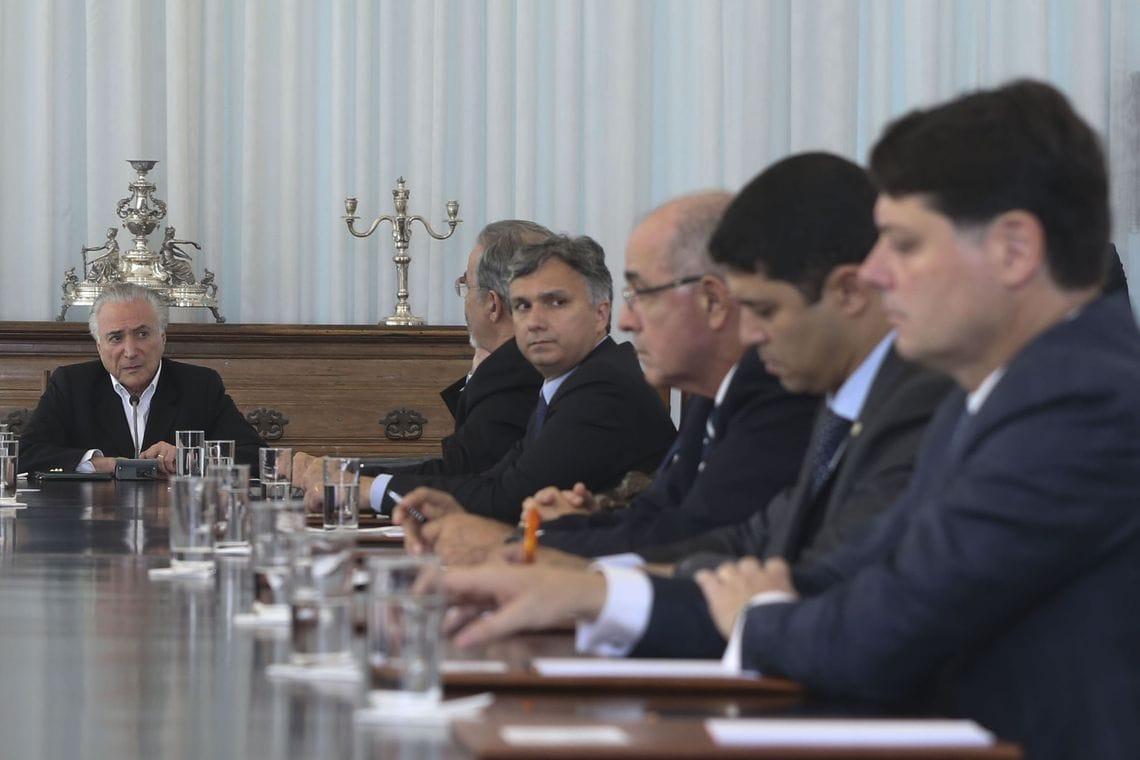 Em reunião de Conselho da República, Aleluia apoia intervenção em Roraima