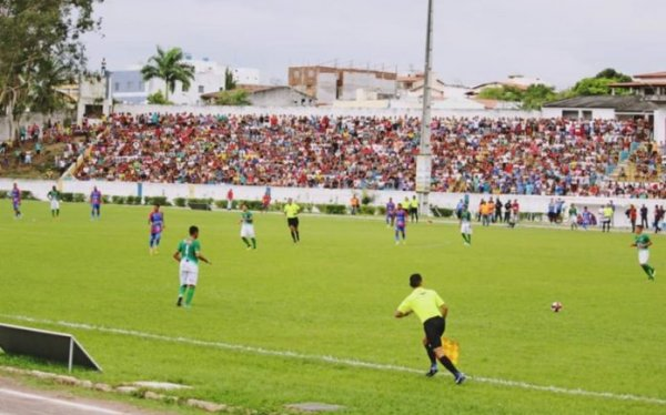 Itamaraju e Itapetinga disputam 1º jogo da final do Intermunicipal neste domingo