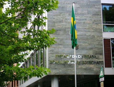Embaixada do Brasil na Alemanha é alvo de vandalismo