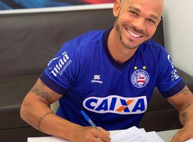 Bahia renova contratos com volante Nilton e zagueiro Ignácio
