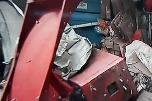 Salvador: Bandidos explodem caixas eletrônicos na Mata Escura