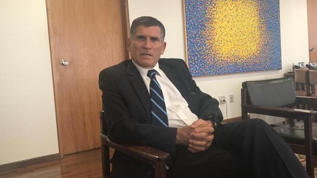 General Santos Cruz diz que governo vai fiscalizar ONGs
