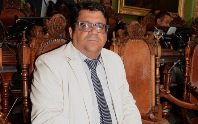 Daniel Rios critica Fábio Villas Boas por taxa a estudantes em regime de internato nos hospitais estaduais