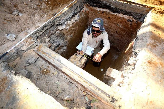 Prospecção arqueológica segue no primeiro trecho da Av. Sete de Setembro
