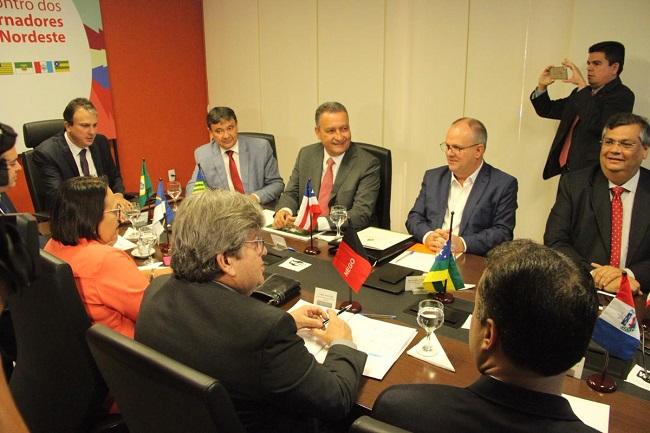 Governadores do Nordeste pedem a Toffoli celeridade em ações sobre questão fiscal
