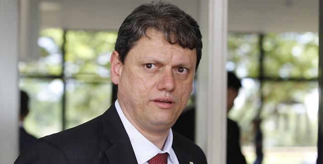 Tarcísio vai liberar 1º trecho de duplicação da BR-116 na Bahia