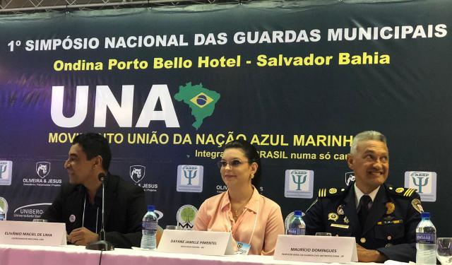 Dayane defende porte de arma para guardas municipais de todo o País