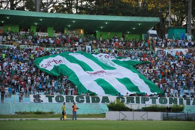 Conquista e Bahia de Feira jogam 1ª partida da semifinal do Baianão