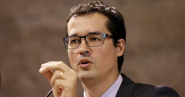 Pelo Twitter, Dallagnol denuncia projeto que desmonta combate à corrupção