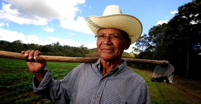 Trabalhador rural não precisa mais de declaração de sindicato para se aposentar