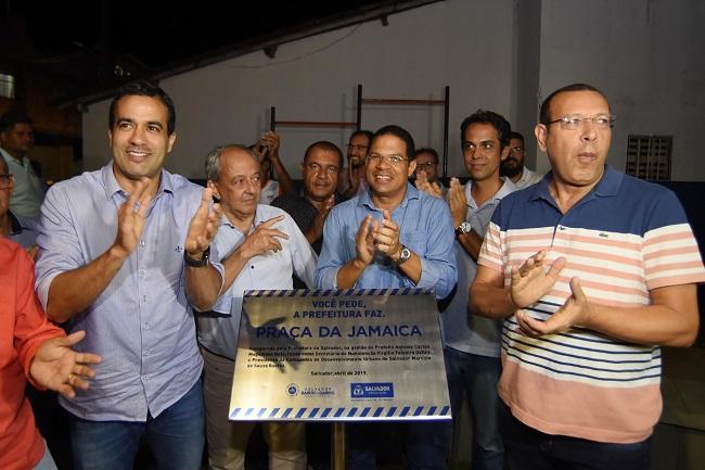 Bruno Reis entrega espaço de lazer em Sussuarana