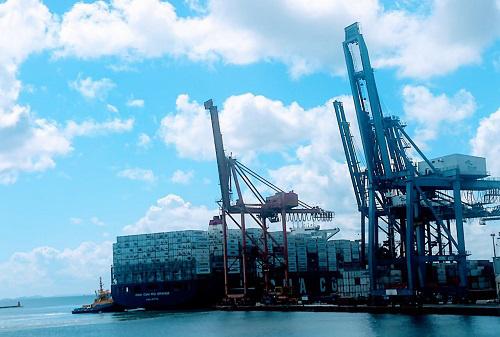 Movimentação de contêiner por cabotagem tem aumento de 47% no Porto de Salvador