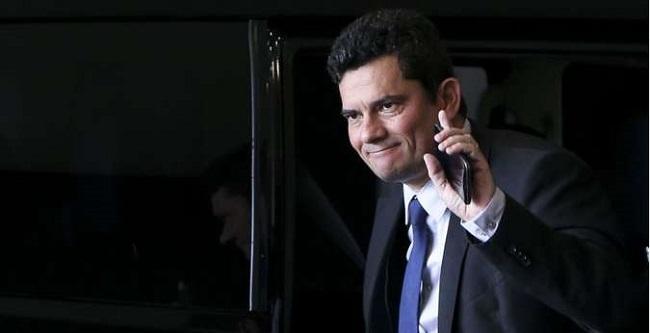 Moro cria conta no Twitter para divulgar ações do Ministério da Justiça