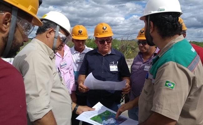 Arimateia vistoria as barragens de Pinhões e de Rejeitos da Mineração Caraíba