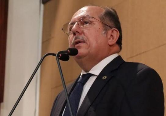 Arimateia alerta para portaria que fecha hospitais psiquiátricos da Bahia