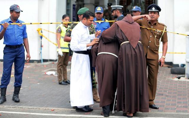 Número de mortos por terroristas no Sri Lanka sobe para 290