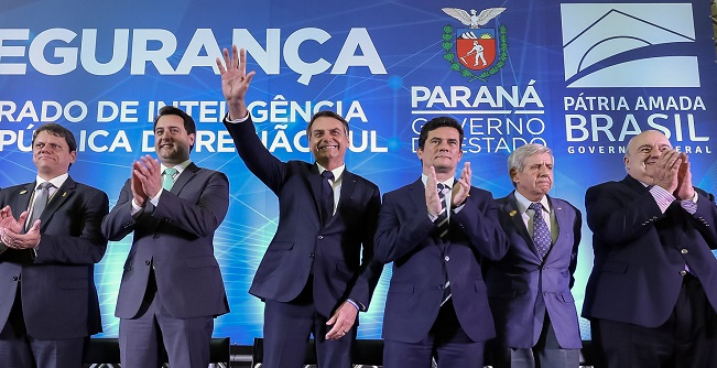 Bolsonaro e Moro inauguram Centro Integrado de Inteligência na região Sul