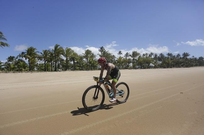 Praia do Forte sediará etapa do festival XTerra de esportes off-road