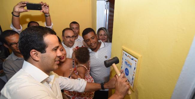 Bruno Reis entrega 252 imóveis reformados pelo Morar Melhor em Paripe