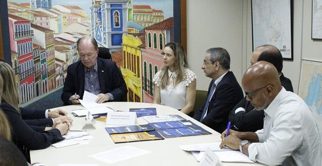Três empresas vão investir R$ 44,5 milhões e gerar 200 empregos na RMS