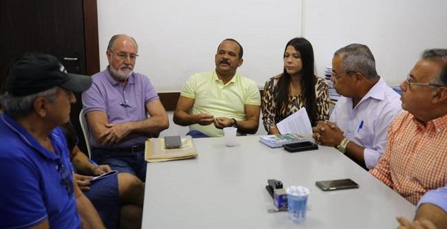 Elinaldo determina início do programa Ação Total em Camaçari