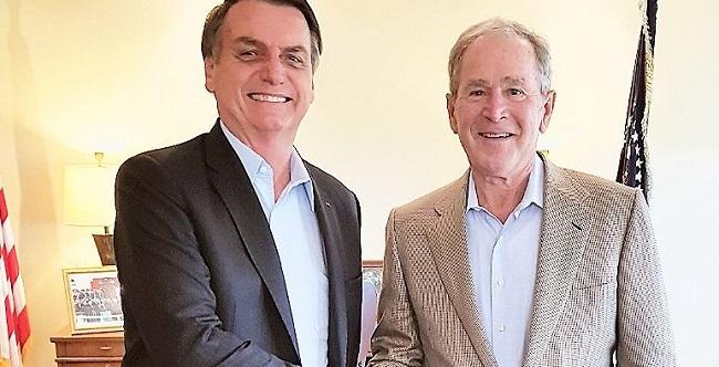 Nos EUA, Bolsonaro diz que conversou com Bush sobre Argentina e Venezuela
