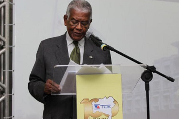 Ex-presidente do TCE-BA, Adhemar Bento Gomes morre aos 86 anos