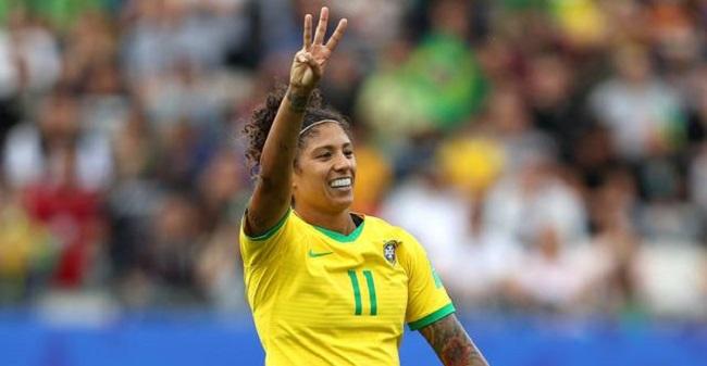 Brasil vence a Jamaica por 3 a 0 na estreia da Copa de Futebol Feminino; veja os gols