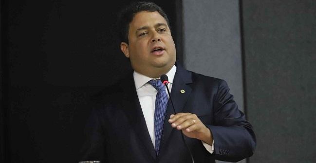 #OABPorqueNãoTeCalas é assunto mais comentado no Twitter do Brasil